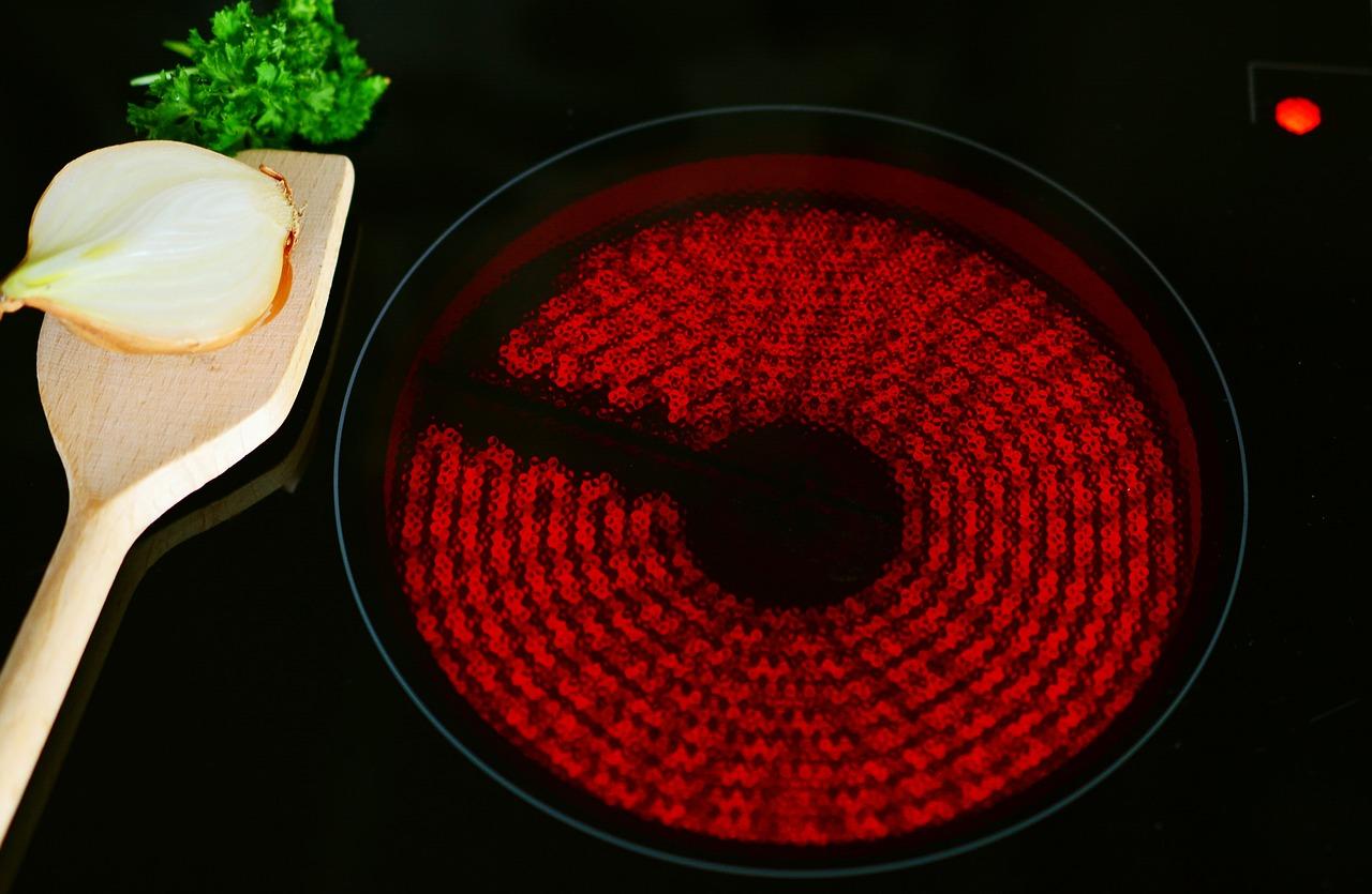 Meilleure mini cuisinière électrique pas cher [Avis & comparatif 2019]