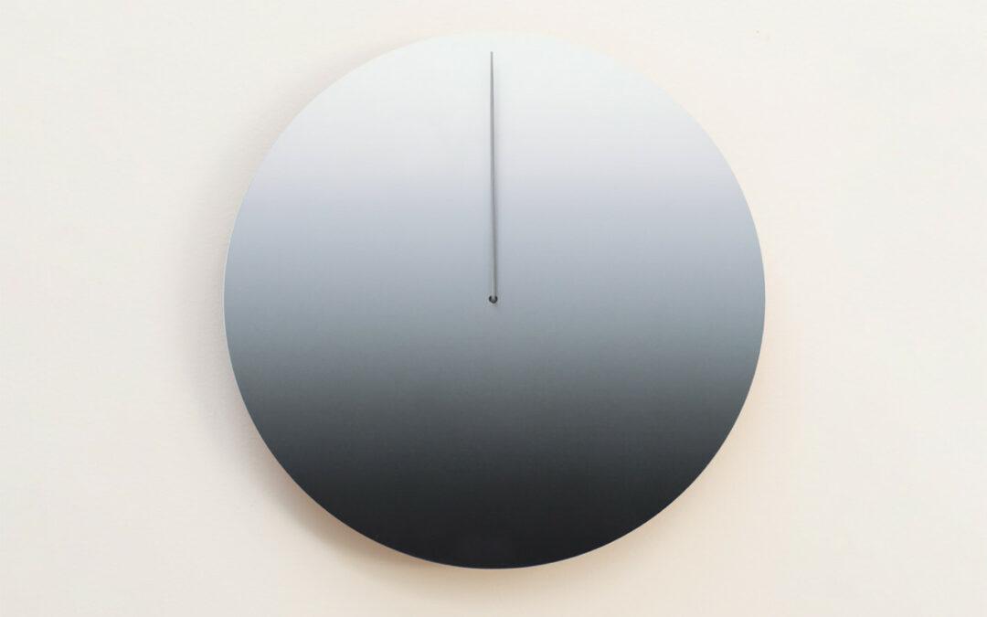 La lune actuelle: une horloge lunaire avec une prise du temps unique